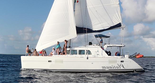 slide 01 Catamaran 45