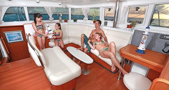 slide 07 Catamaran 45