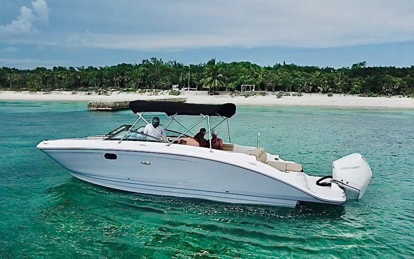 Searay28 n our boats